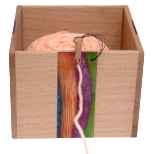 Yarn Box Pearly